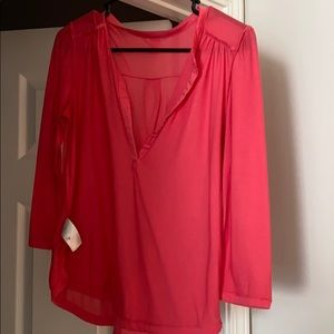 Loose fitting 3/4 sleeve shirt